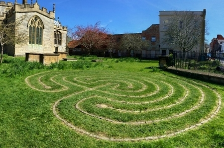 labyrinth-glastonbury.jpg